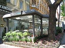 Sidewalk cafe  Wikipedia