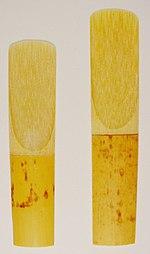 Palhetas para sax alto e sax tenor respectivamente