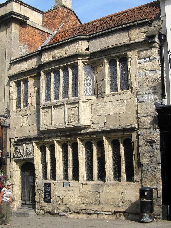 Tribunal Glastonbury - Wikipedia