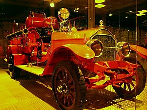 English: Historic fire engine at Eretz Israel ...