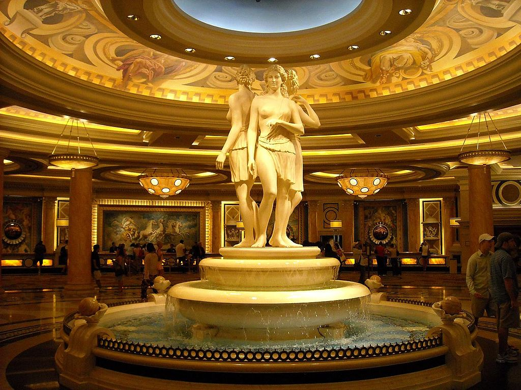 FileCaesars Palace Statuejpg Wikimedia Commons