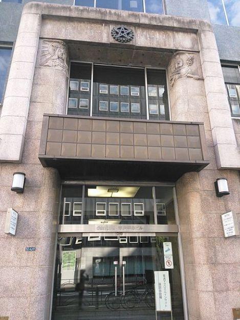 ファイル:Dentsu Ginza bldg,Entrance.jpg