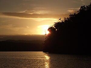 English: Mallacoota Top Lake, 2011