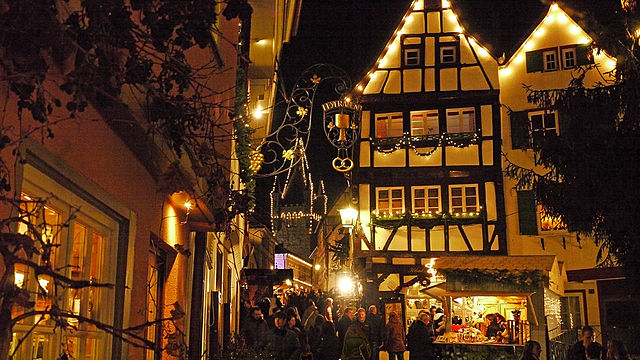 FileWeihnachtsmarkt Bad Wimpfen 2009jpg  Wikimedia Commons