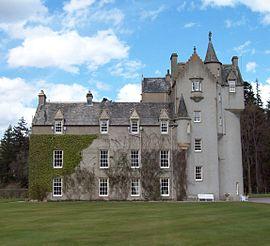 Ballindalloch Castle  Wikipedia