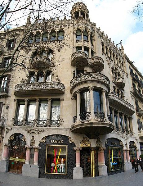 File:CasaLleoMorera-Full.jpg