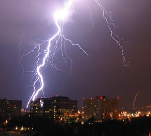 Lightning over Pentagon City in Arlington, Vir...