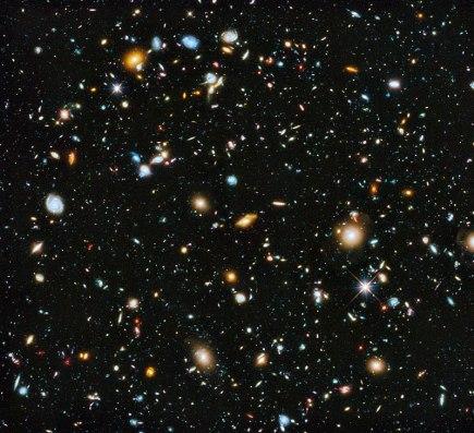 NASA-HS201427a-HubbleUltraDeepField2014-20140603.jpg