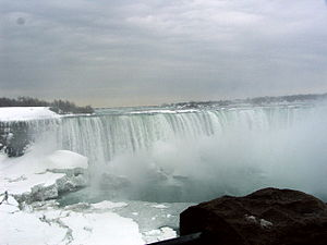English: The beauty of Niagara Falls in late w...
