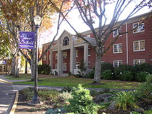English: Riley Center at Linfield College in M...