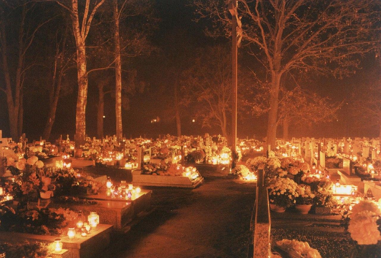 Polnischer Friedhof zu Allerheiligen (Bild: Przykuta / Wikipedia)