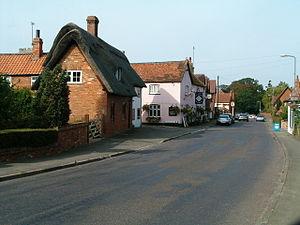 English: North Crawley. The centre of the vill...