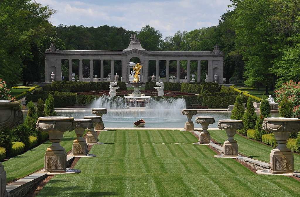 File Reflecting Pool At Nemours Mansion Delaware Jpg