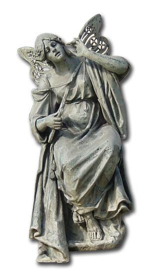 Musa que aparece en el monumento de José Zorri...