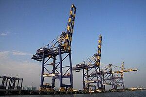 Picture of crane at the Vallarpadam Terminal