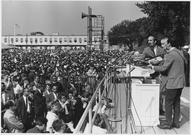 File:Civil Rights March on Washington, D.C. (Entertainment, Vocalists Peter, Paul, and Mary.) - NARA - 542019.tif