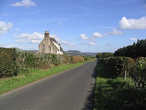 English: Cottage near Cavers Mains Farm This h...