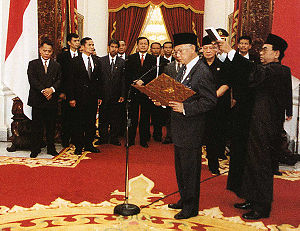 Bacharuddin Jusuf Habibie takes the oath of of...