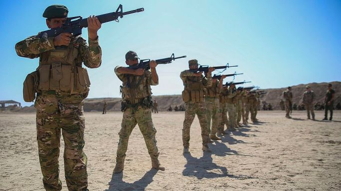 Iraqi soldiers with 2nd Battalion, Commando Brigade, practice marksmanship training with Task Force Al-Taqaddum, Combined Joint Task Force – Operation Inherent Resolve, April 17, 2017