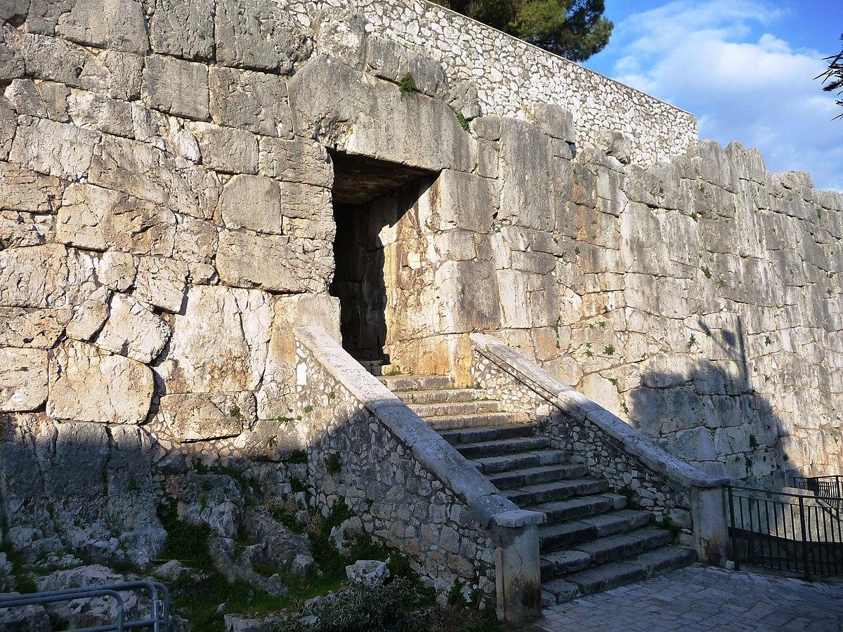 Acropoli di Alatri  Wikipedia