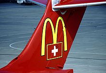 220px McDonnell Douglas MD 83 %28DC 9 83%29%2C Crossair AN0066526 - O primeiro McDonald's do Comunismo?