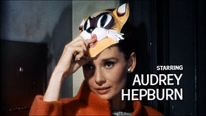 Audrey Hepburn at Breakfast at Tiffany's. Espa...