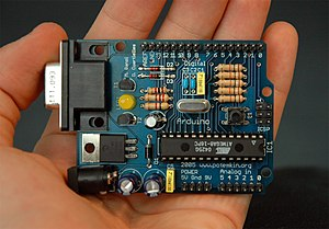 English: Arduino Serial board