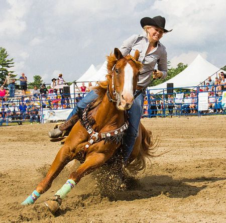 Rodeo cowgirl at Spencerville, ON (15542694457)