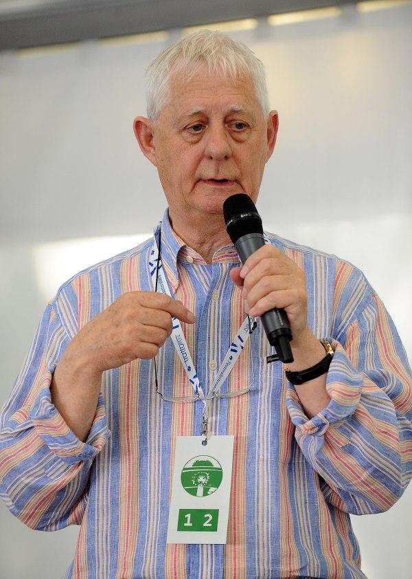 Aidan Chambers - Wikipedia
