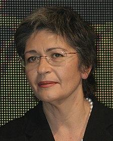 https://i0.wp.com/upload.wikimedia.org/wikipedia/commons/thumb/6/6d/Anna_Finocchiaro.jpg/225px-Anna_Finocchiaro.jpg