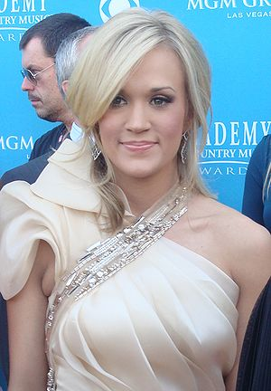 English: Carrie Underwood at the 45th Annual A...