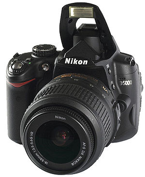 Camera Nikon D5000 and KIT Photographic Lens.