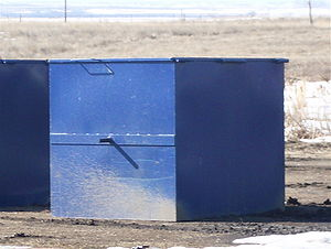 English: A homemade dumpster designed to be tr...
