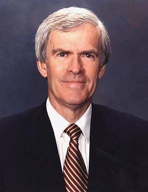 Official photo of U.S Senator {{w|Jeff Bingaman}}.