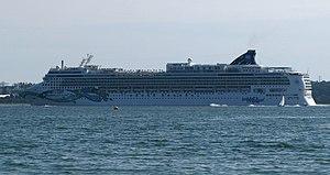 Photo of the Norwegian Jade cruise ship previo...