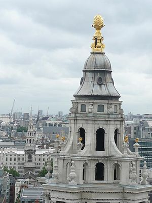English: Tower of St Paul's