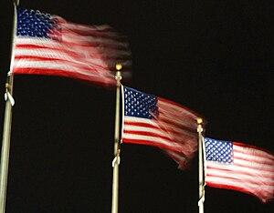 English: Three flags from the Washington Monum...