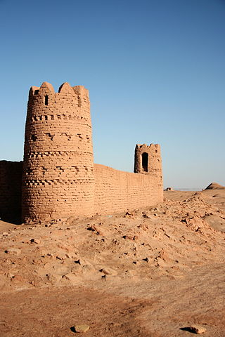 FileCaravanserai In Desert Dasht E Lut Kerman Province