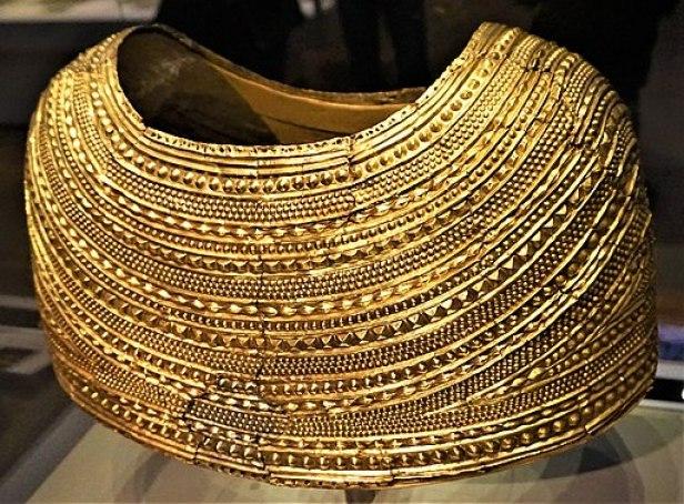 Gold Mold Cape