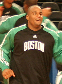 http://en.wikipedia.org/wiki/Glen_Davis_(basketball)