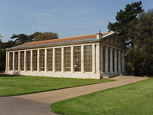 English: Nash conservatory, Kew Gardens. This ...
