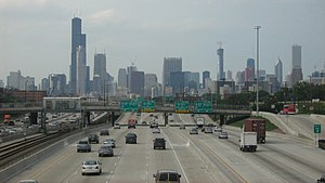 English: The busiest thoroughfare in Chicago.