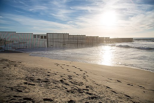 US Mexico Border Fence Imperial Beach 6D2B4486