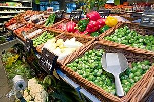 English: Dagwinkel foodstores fresh fruits & v...