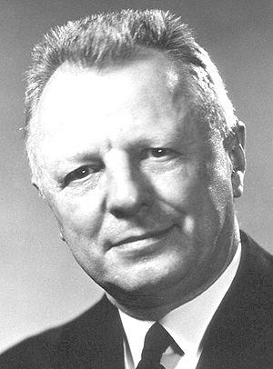 English: H. Trendley Dean, D.D.S. (1893–1962)....