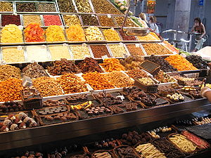 Mercat de la Boqueria, sweets, nuts and dried ...