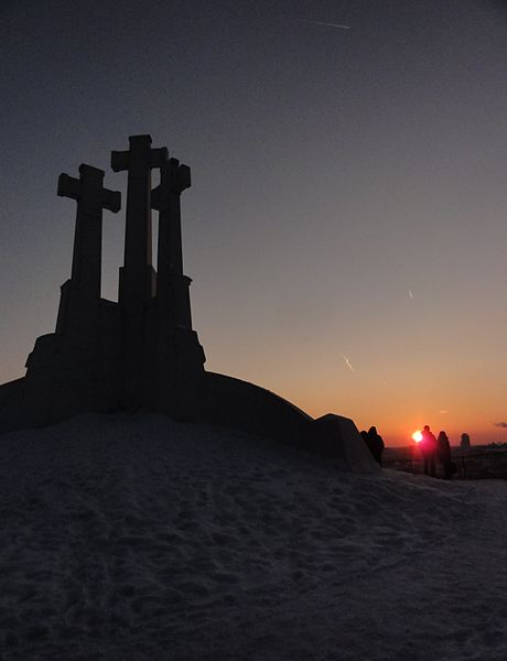 File:Three Crosses monument at sunset (8178234419).jpg