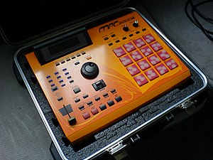 Photo of my Akai MPC2000XL SE 2 (Midi Sequence...
