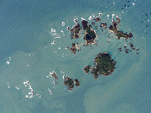 An aerial photo of the Isles of Scilly, Great ...