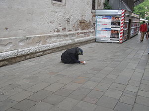 English: Beggar in Venis, May 2008
